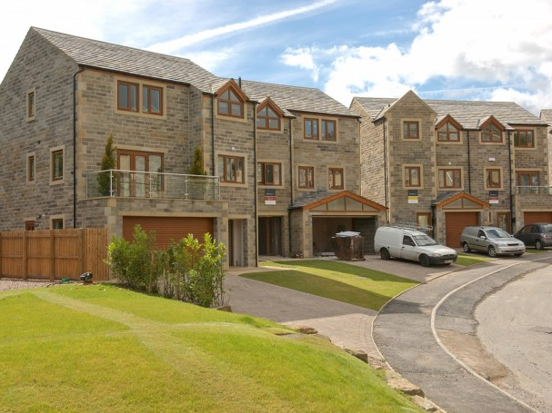 Victoria Court, Holmfirth - detached properties