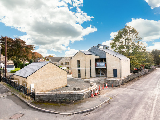 Gynn Lane, luxurious development in Honley