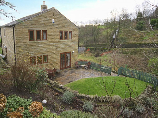 Individually designed detached home in Netherthong, Holmfirth