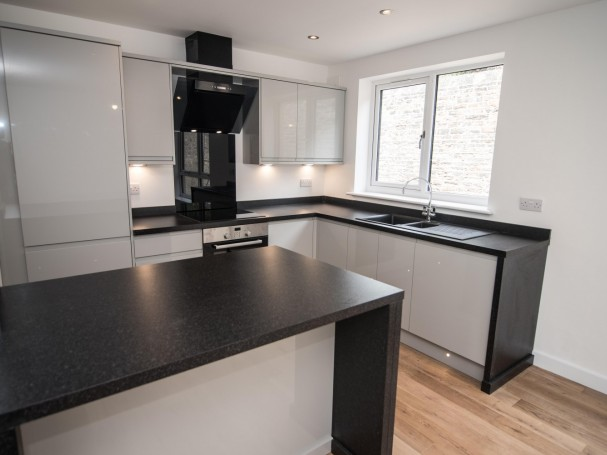 Fully integrated kitchen in new homes in Kirkheaton.